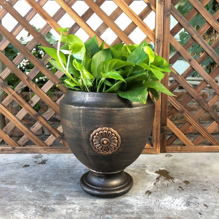 DurX-litecrete Lightweight Concrete Rosetta Footed Bronze Planter