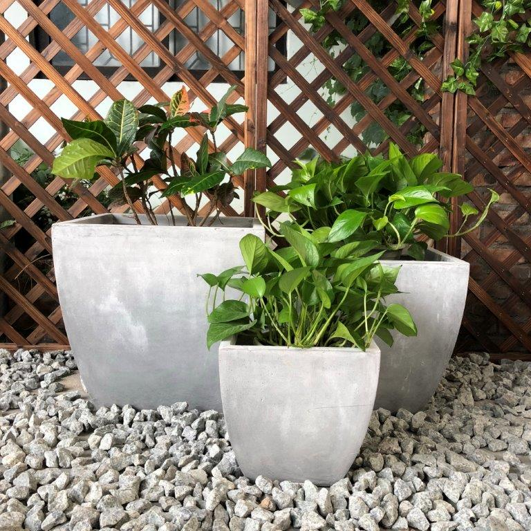 DurX-litecrete Lightweight Concrete Carve Corner Square Light Grey Planter - Set of 3