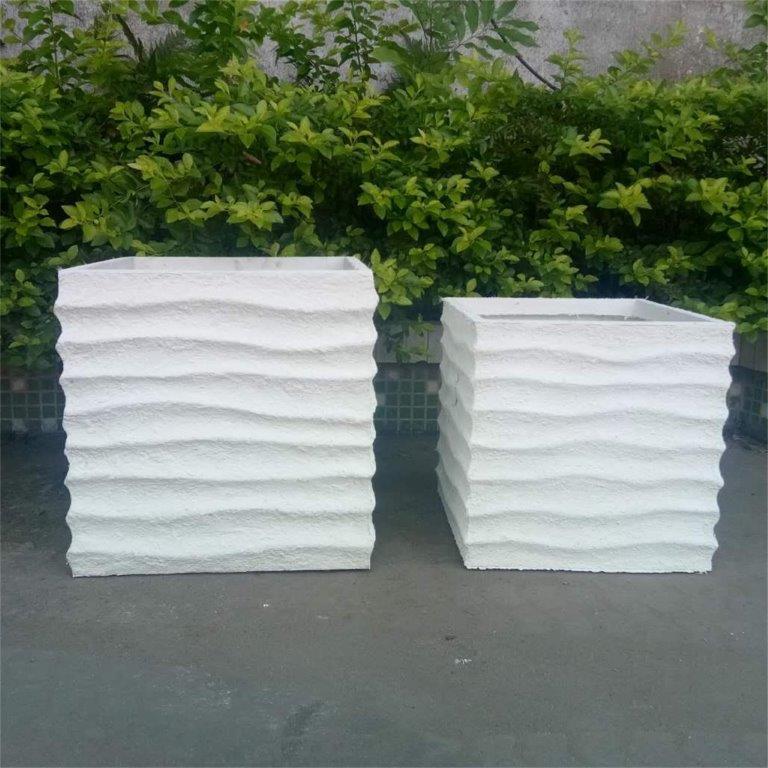 DurX-litecrete Lightweight Concrete Rough Box Beige Planter - Set of 2