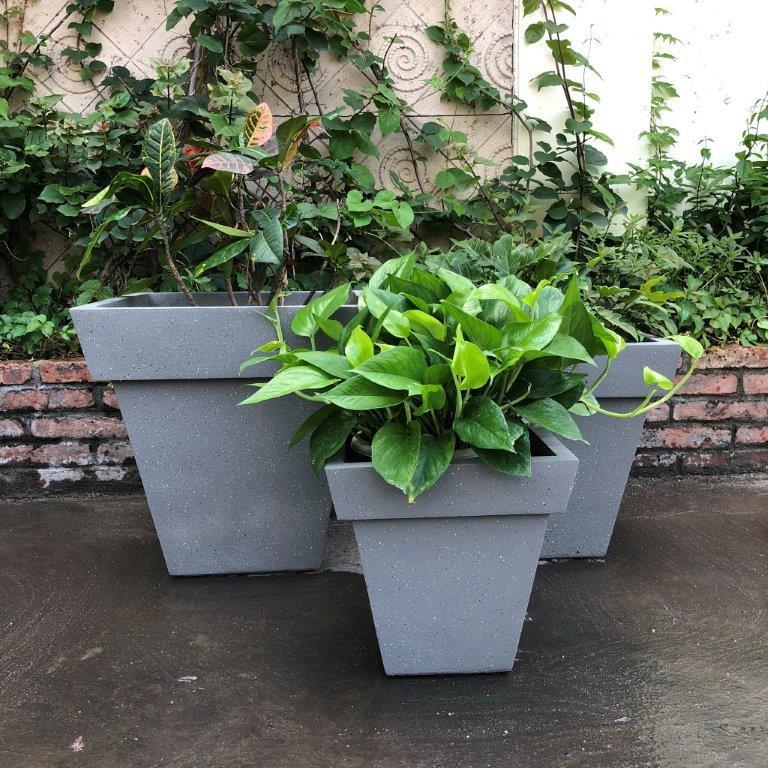 DurX-litecrete Lightweight Concrete Square Stackable Wash Grey Planters - Set of 3