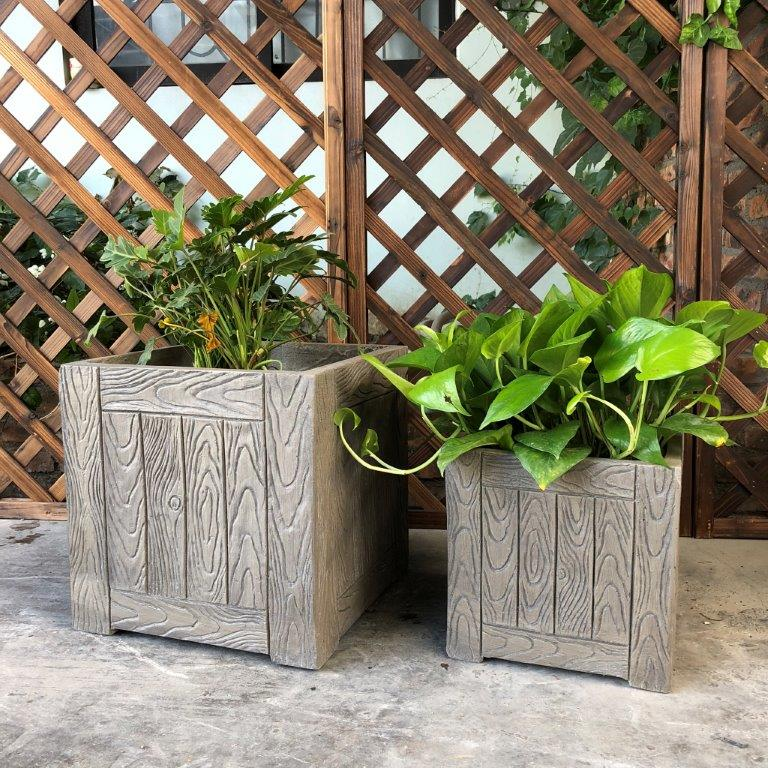 DurX-litecrete Lightweight Concrete Wood Grain Cube Grey Planter - Set of 2